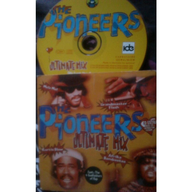 the pioneers (Kurtis Blow/A.Bambaataa/G.M.Flash ) ultimate mix ( we funk this party out ) ( tokapi's slammin' radio mix / polyester mix  + video clip