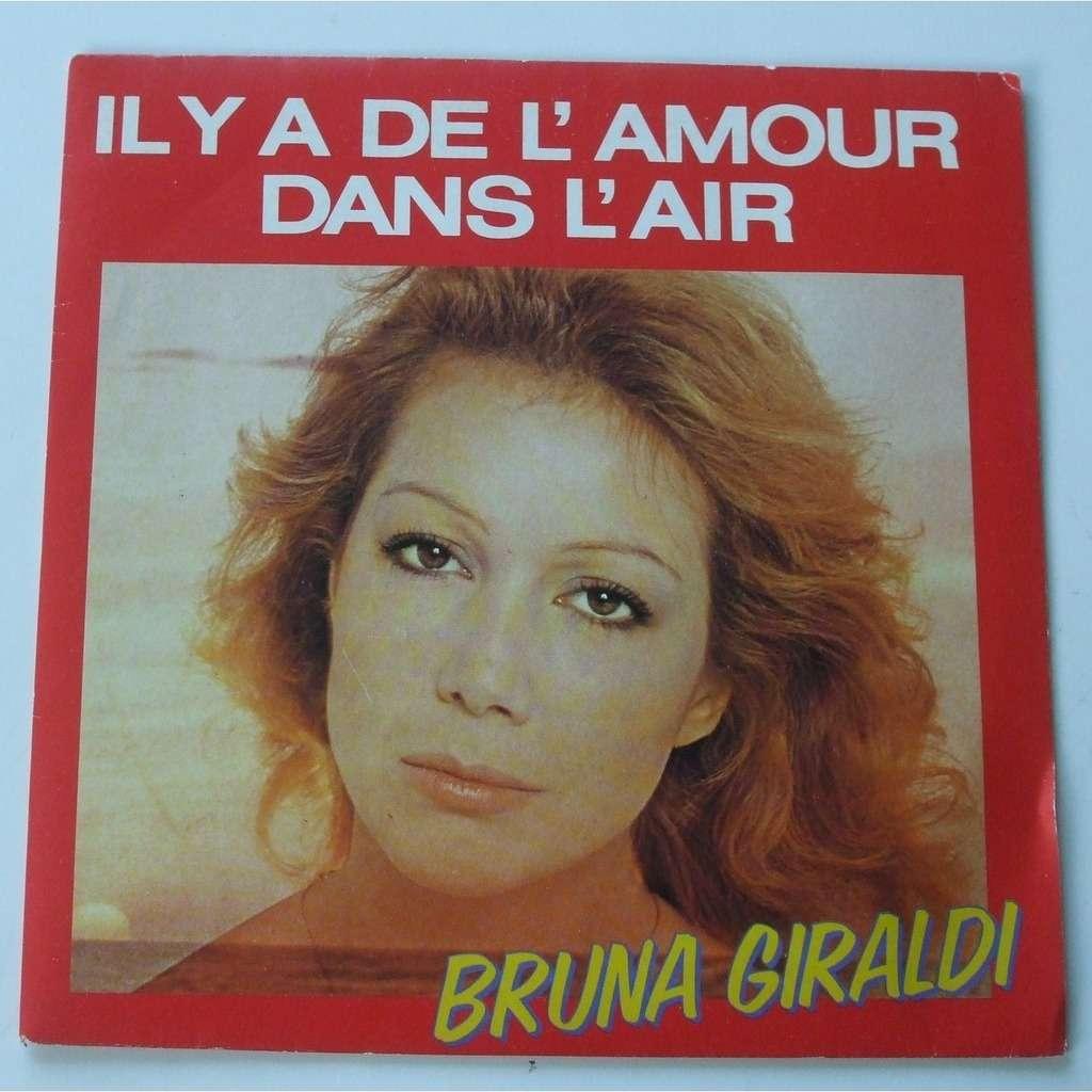 Bruna Giraldi Il y a de l'amour dans l'air / l'erreur
