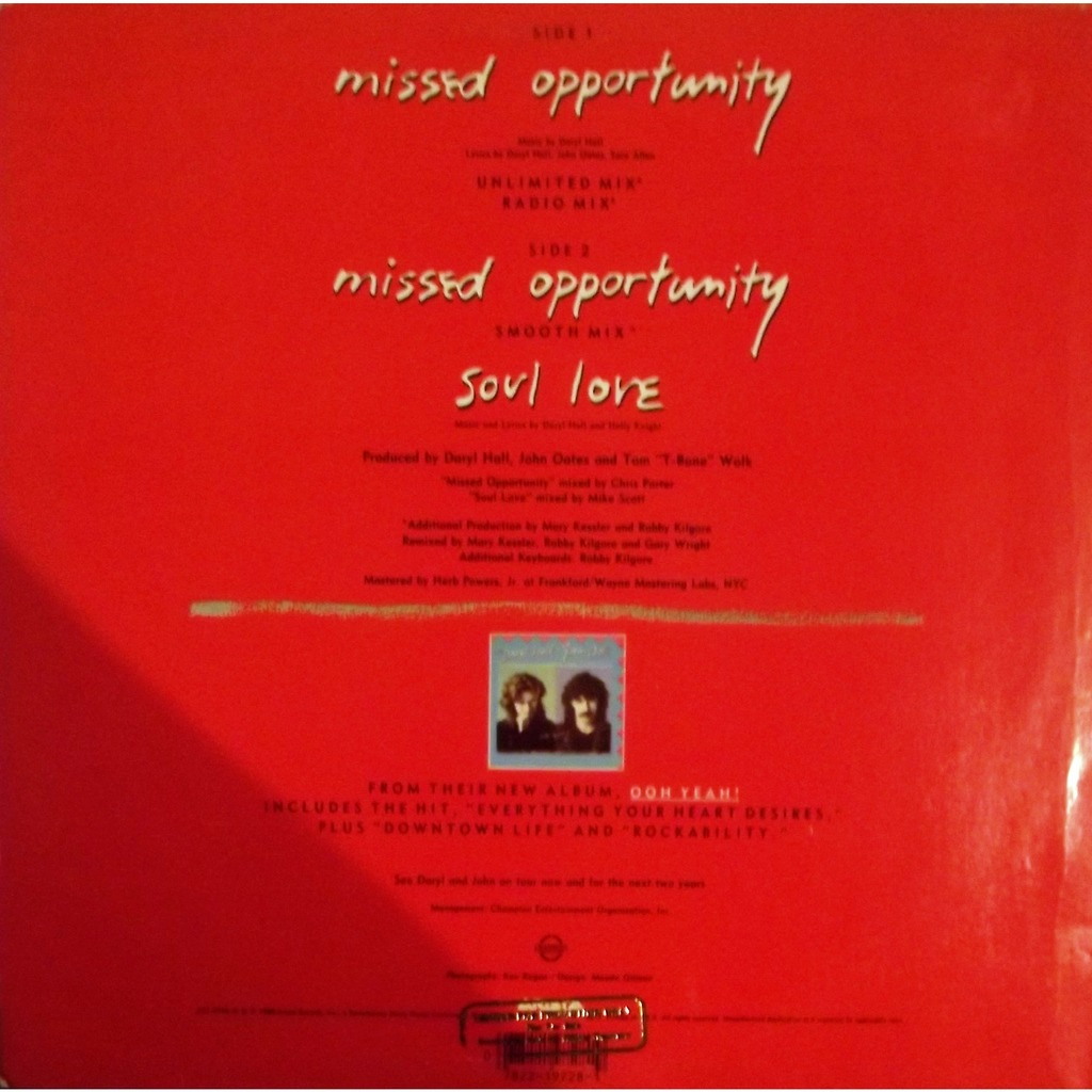 Missed opportunity - unlimited mix, radio mix, smooth mix, soul love  (promo) by Daryl Hall And John Oates, 12inch with vinyl59
