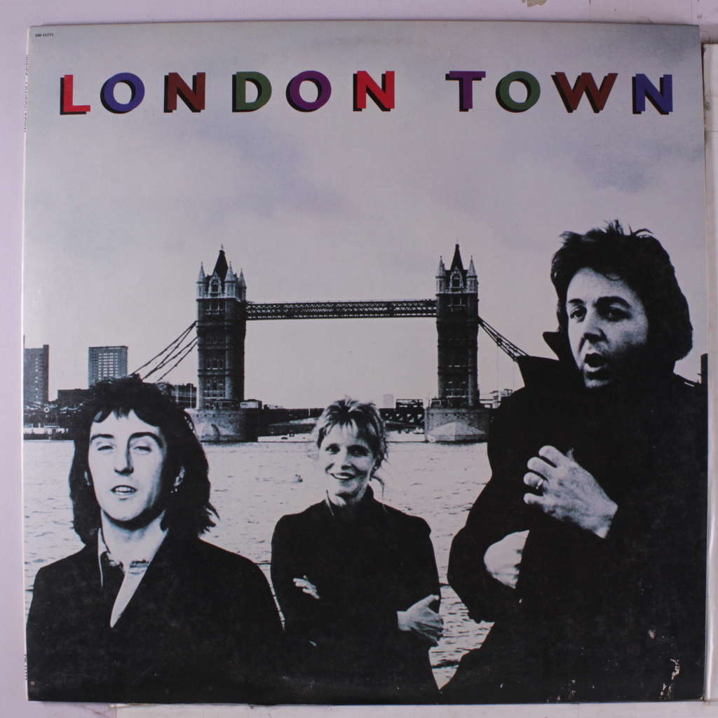 PAUL MCCARTNEY & WINGS london town + poster