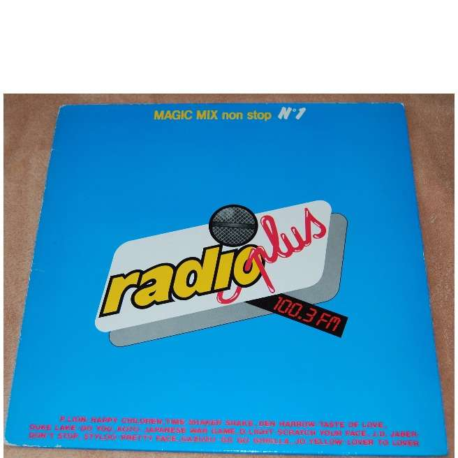 RADIO PLUS - MEDLEY ITALO PAR DOMINIQUE magic mix non stop n°1 - radio plus 100.3 fm
