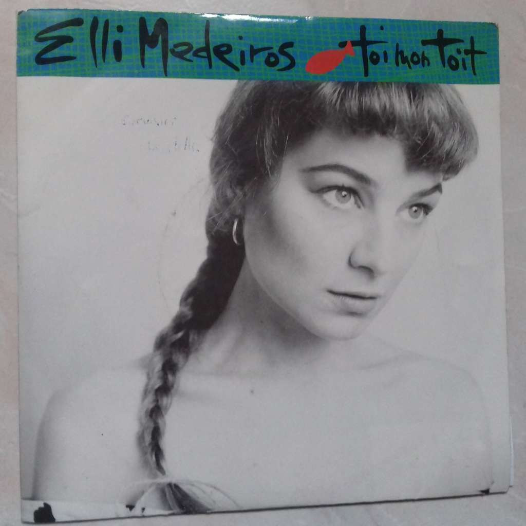 Elli Medeiros Nude Photos 46