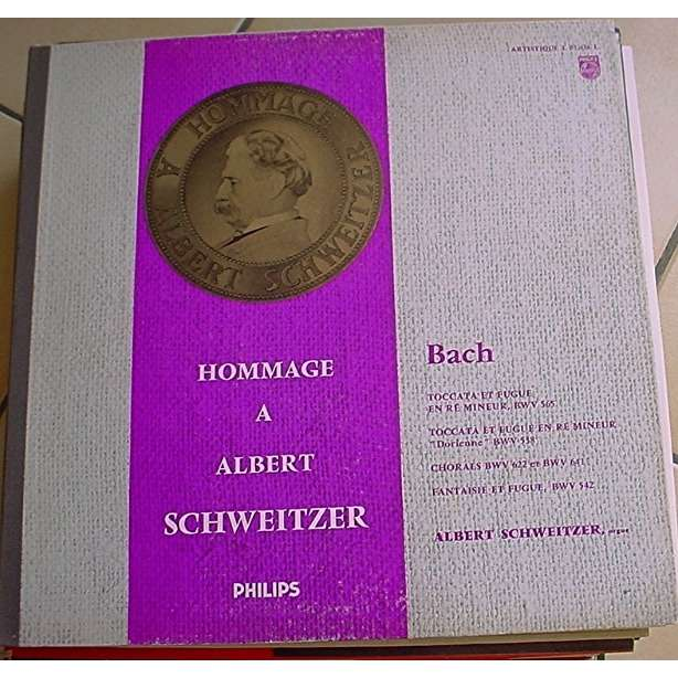 BACH HOMMAGE A ALBERT SCHWEITZER A. SCWEITZER à l'orgue TOCCATA ET FUGUE BWV 538 565