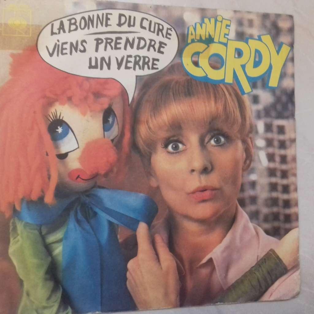 annie cordy la bonne du curé