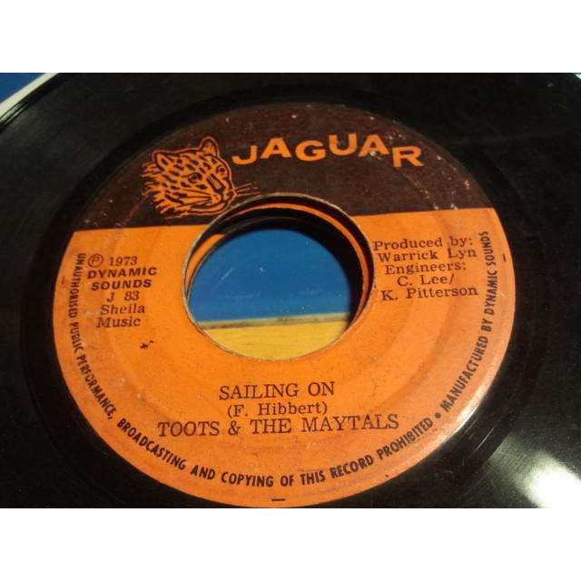 TOOTS & THE MAYTALS IN THE DARK / SAILING ON ORIG.