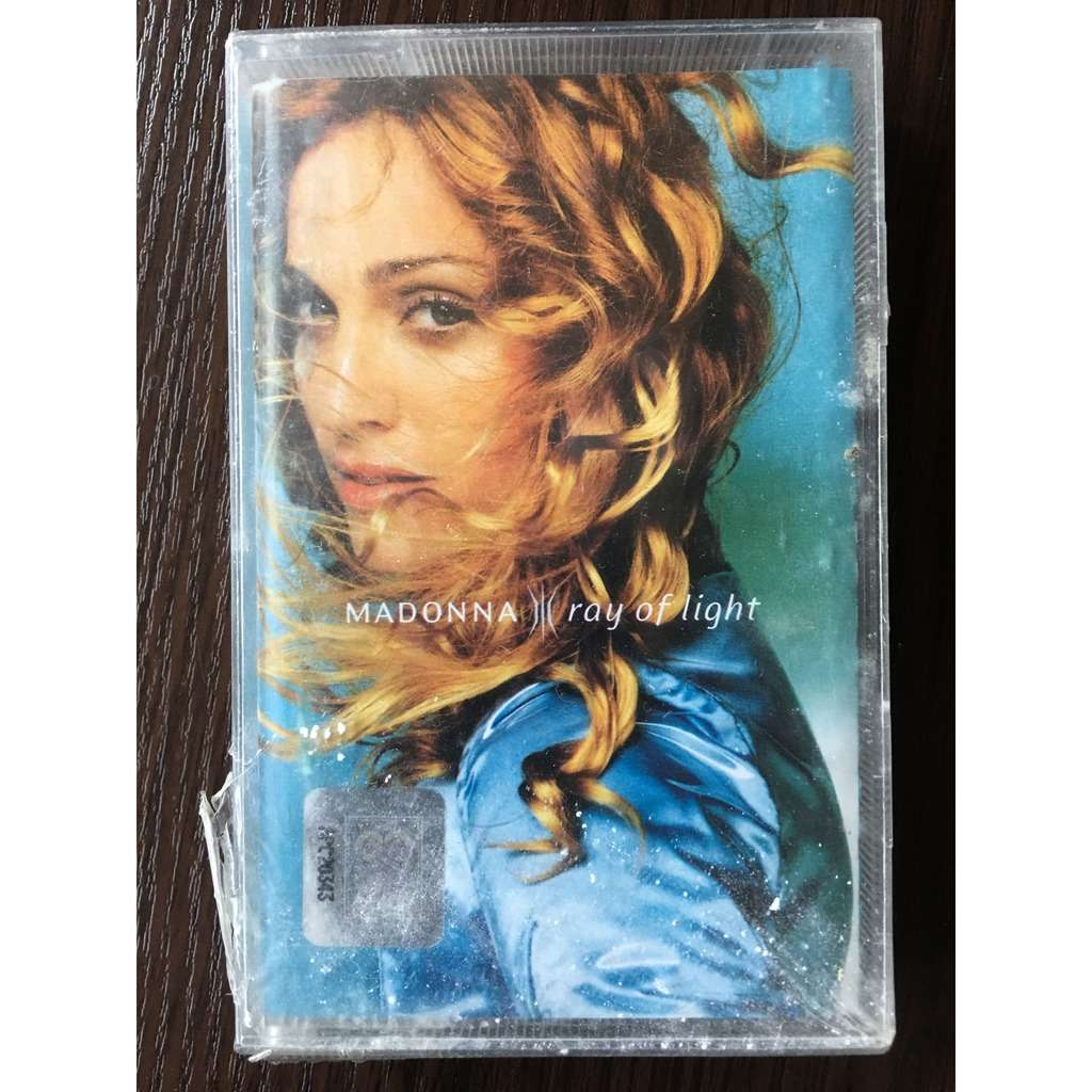 Madonna, sealed cassette Ray of light