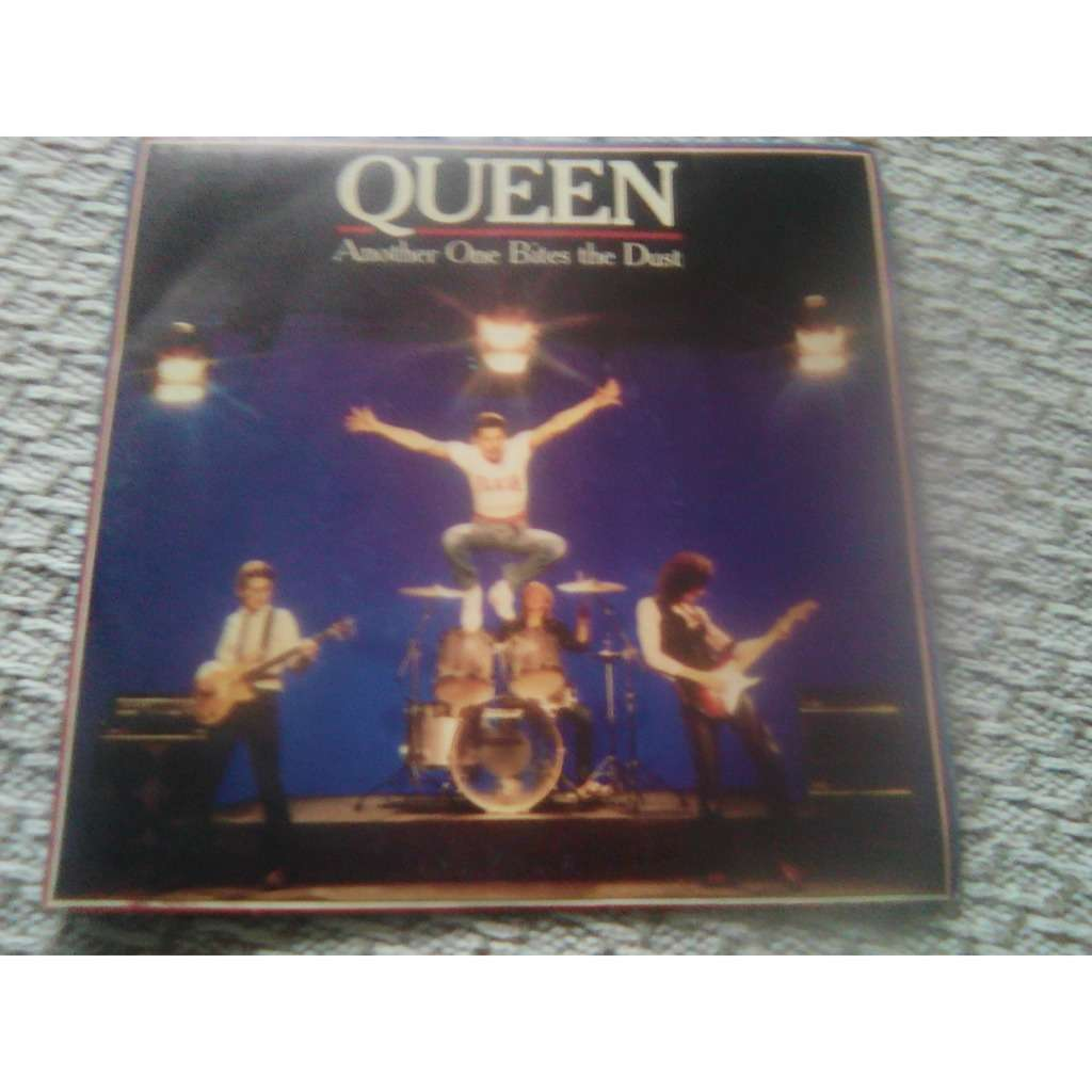 Queen - Another One Bites The Dust (7, Single) Queen - Another One Bites The Dust (7, Single)