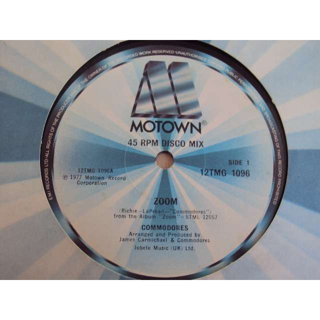 THE COMMODORES ZOOM / TOO HOT TA TROT 1977 UK (MAXIBOXLP)