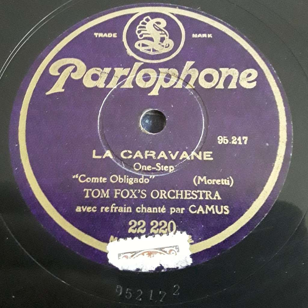 Tom fox's orchestra avec Camus La caravane - Les Artichauts