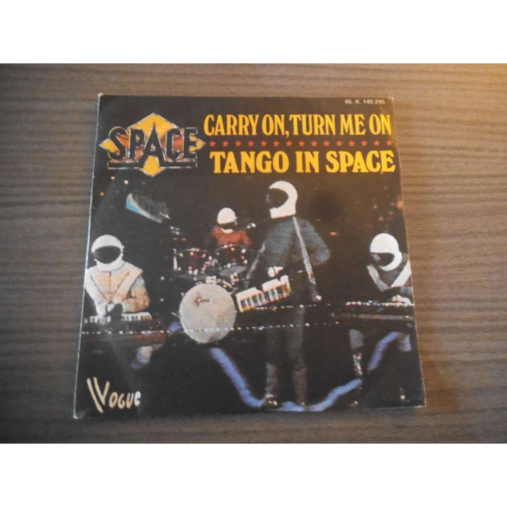 Space Carry On, Turn Me On / Tango In Space