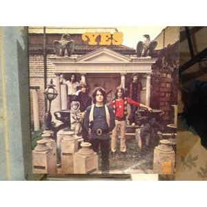 yes (first album) (cassette 8 pistes)