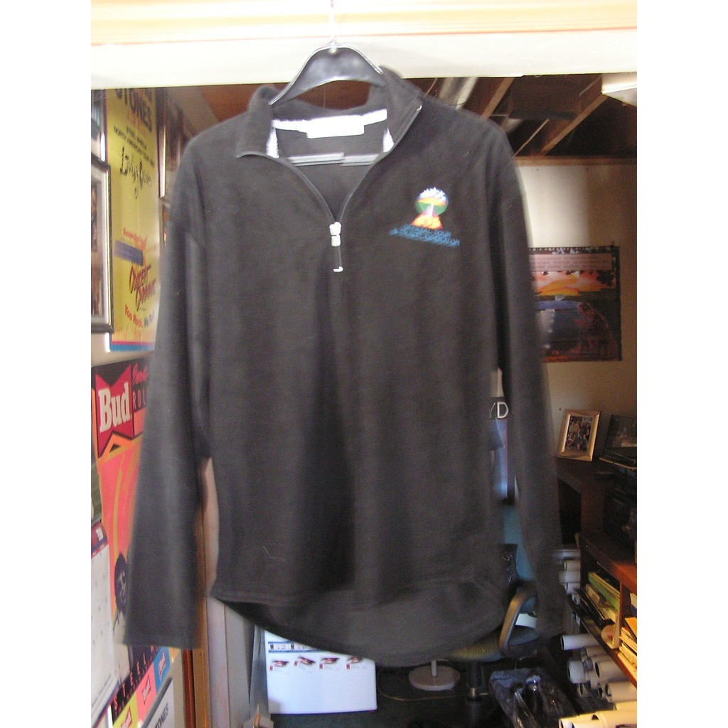 Rollings stones soft fleece 2002 licks world tour x large staff sweat second skin series 30 by The Rolling Stones, Sweat.M with finois