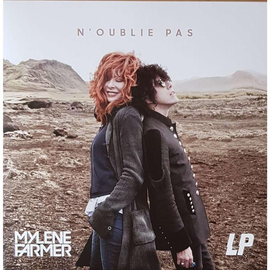 Mylène Farmer et LP N'oublie Pas