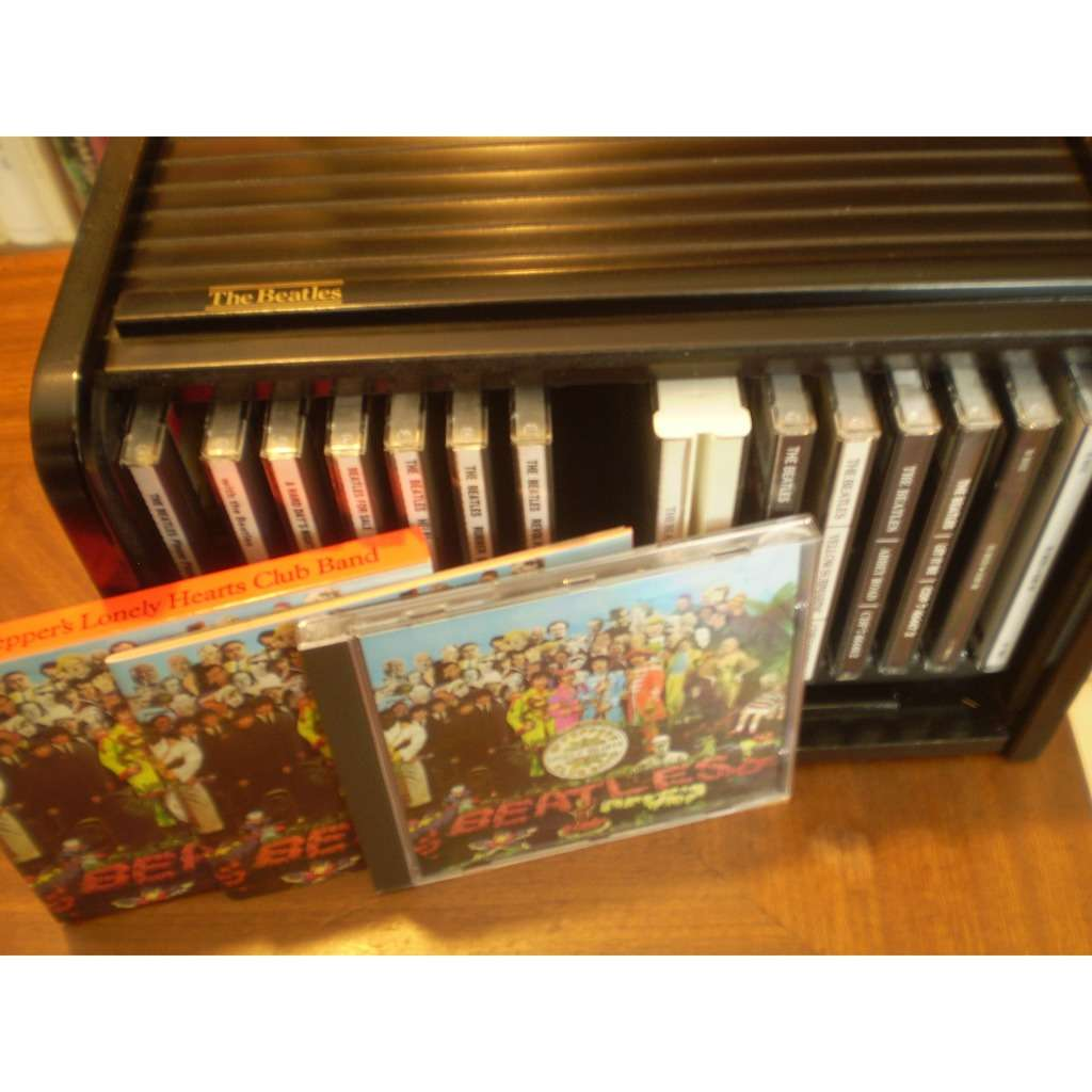 THE BEATLES THE BEATLES BOX SET / WOODEN ROLL BOX 16 CD (13 albums dont 1 double + 2 CD Past Masters)