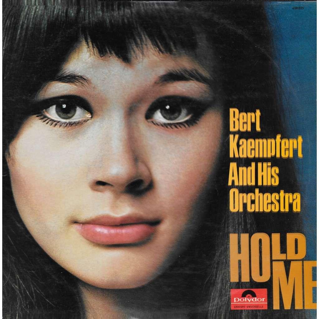 Bert KAEMPFERT Hold Me