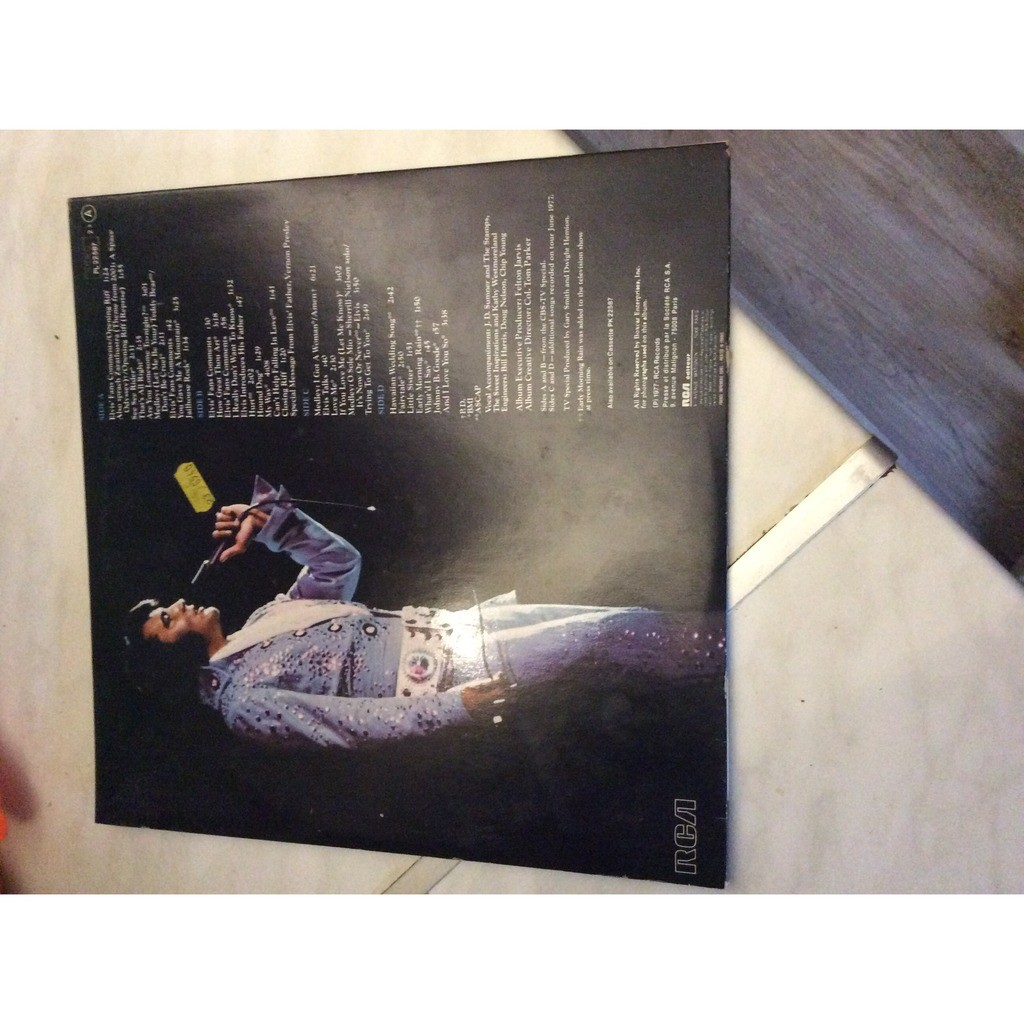 Elvis in concert by Elvis Presley, LP x 2 with 1946l