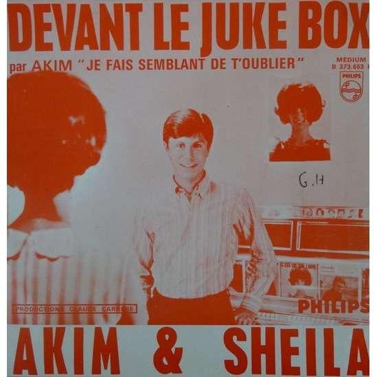 AKIM & SHEILA DEVANT LE JUKE BOX
