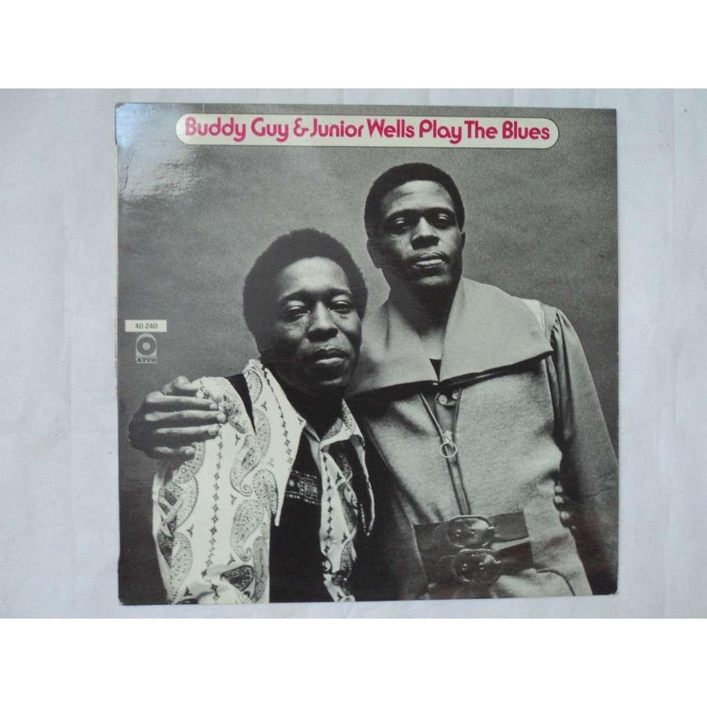 BUDDY GUY & JUNIOR WELLS play the blues