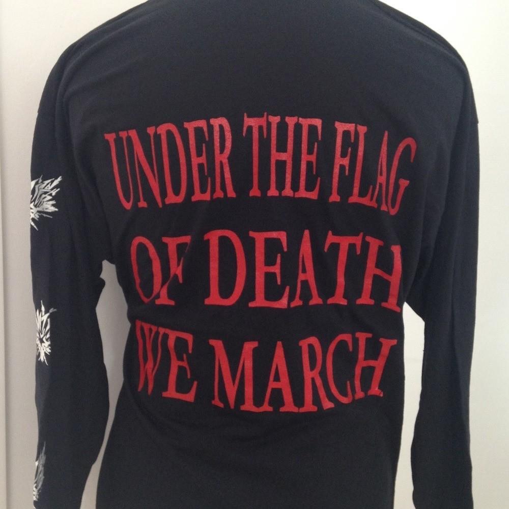 HOUWITSER Under the Flag