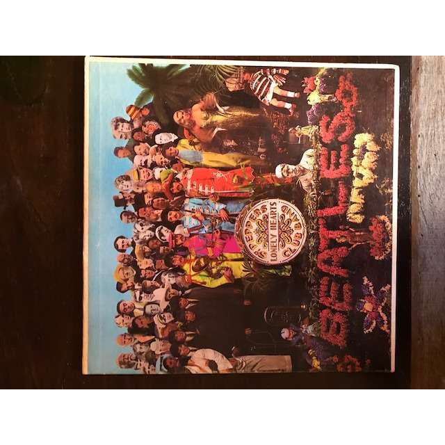 the beatles Sgt Peppers Lonely Hearts Club Band