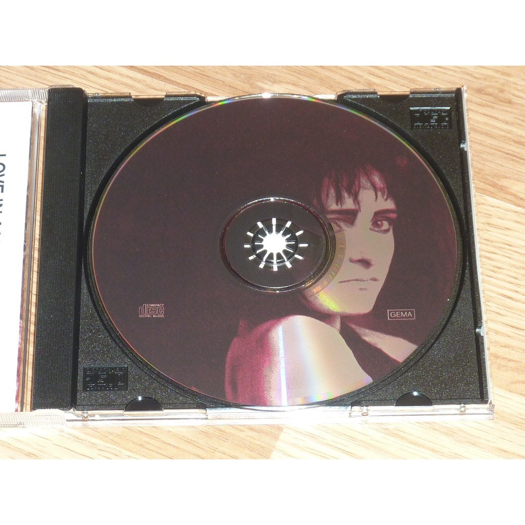 SIOUXSIE & THE BANSHEES LOVE IN A VOID CD
