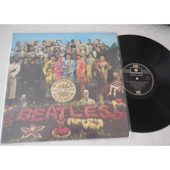 the beatles reedition uk Sgt. Pepper's Lonely Hearts Club Band