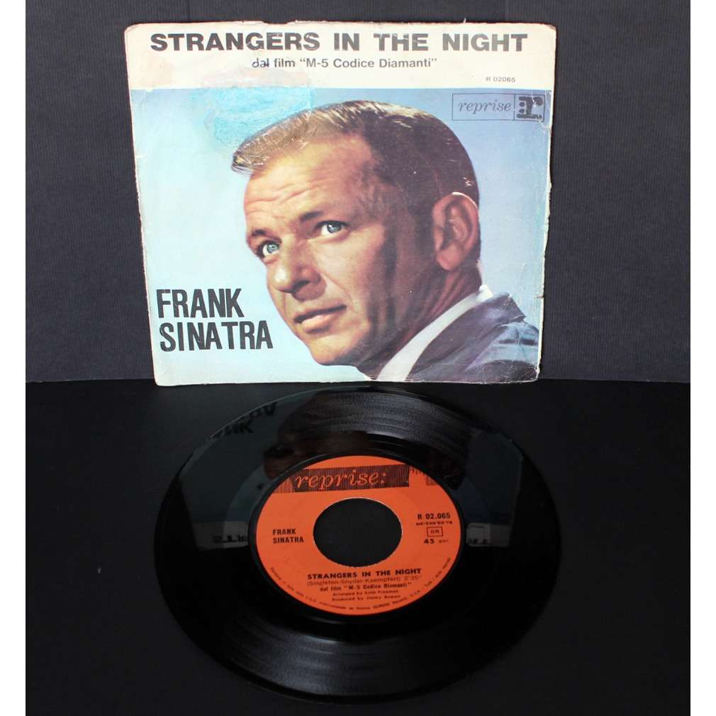 Frank Sinatra Strangers In The Night / Oh, You Crazy Moon