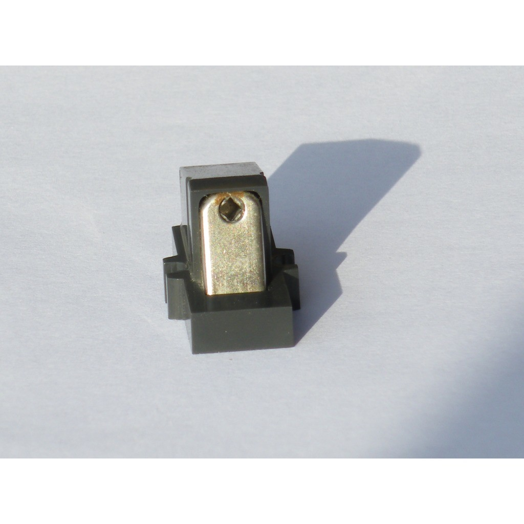 Cellule cartridge Lenco M94 sans diamant no stylus Used.