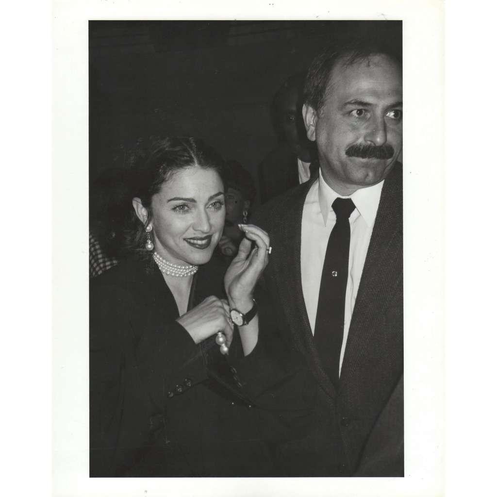 madonna Madonna 5/20/91 (Usa 1991 original large' promo dedicated & signed photo by Aubrey Reuben!!)