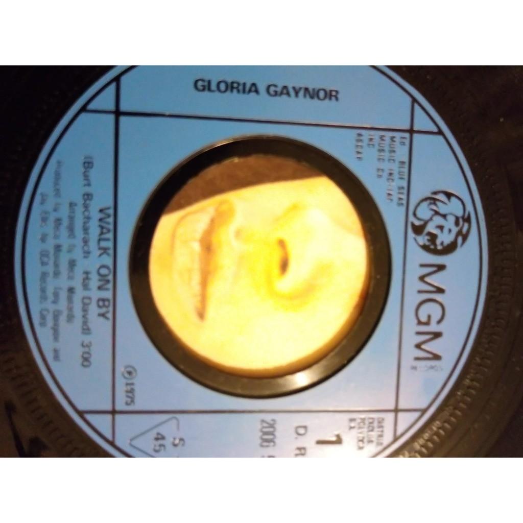 Gloria GAYNOR walk on by / real good people