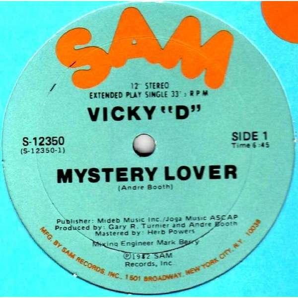 Vicky 'D' Mystery Lover