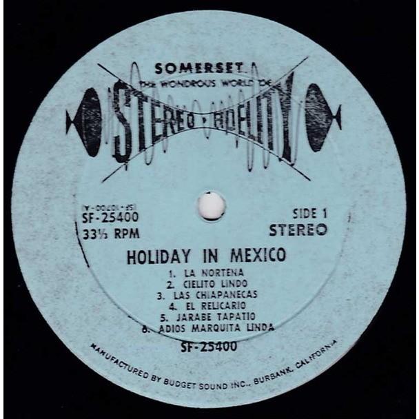 LOS MARIMBAS CALIENTE / MARIACHIS DEL ORO Holiday In Mexico (USA second Press - 1959-mid 1960s - Perfect conditions)