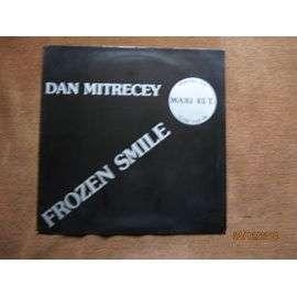 Dan MITRECEY frozen smile