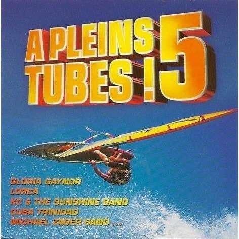 CAPTAIN SENSIBLE, BASS BUMPERS, KAREN YOUNG, LORCA A pleins tubes! 5