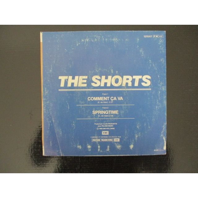 Shorts Comment Ca Va / Springtime