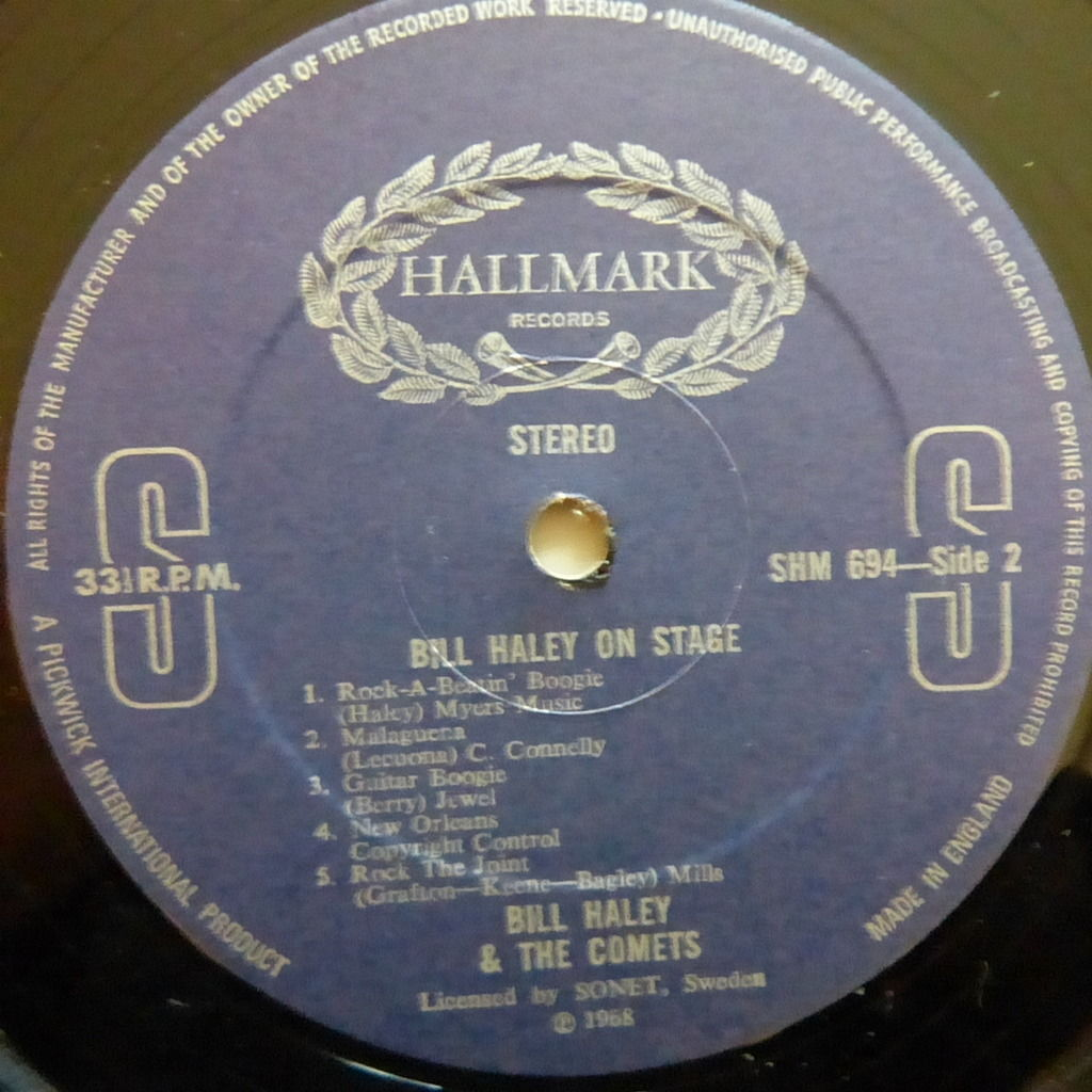 BILL HALEY AND THE COMETS ON STAGE
