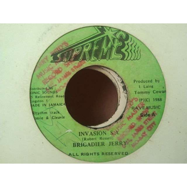 Brigadier Jerry Invasion S.A. / Version ORIG