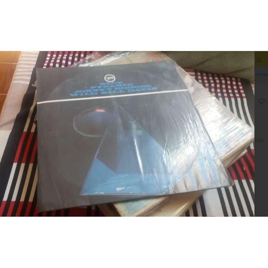 johnny hodges & wild bill davis blue pyramid