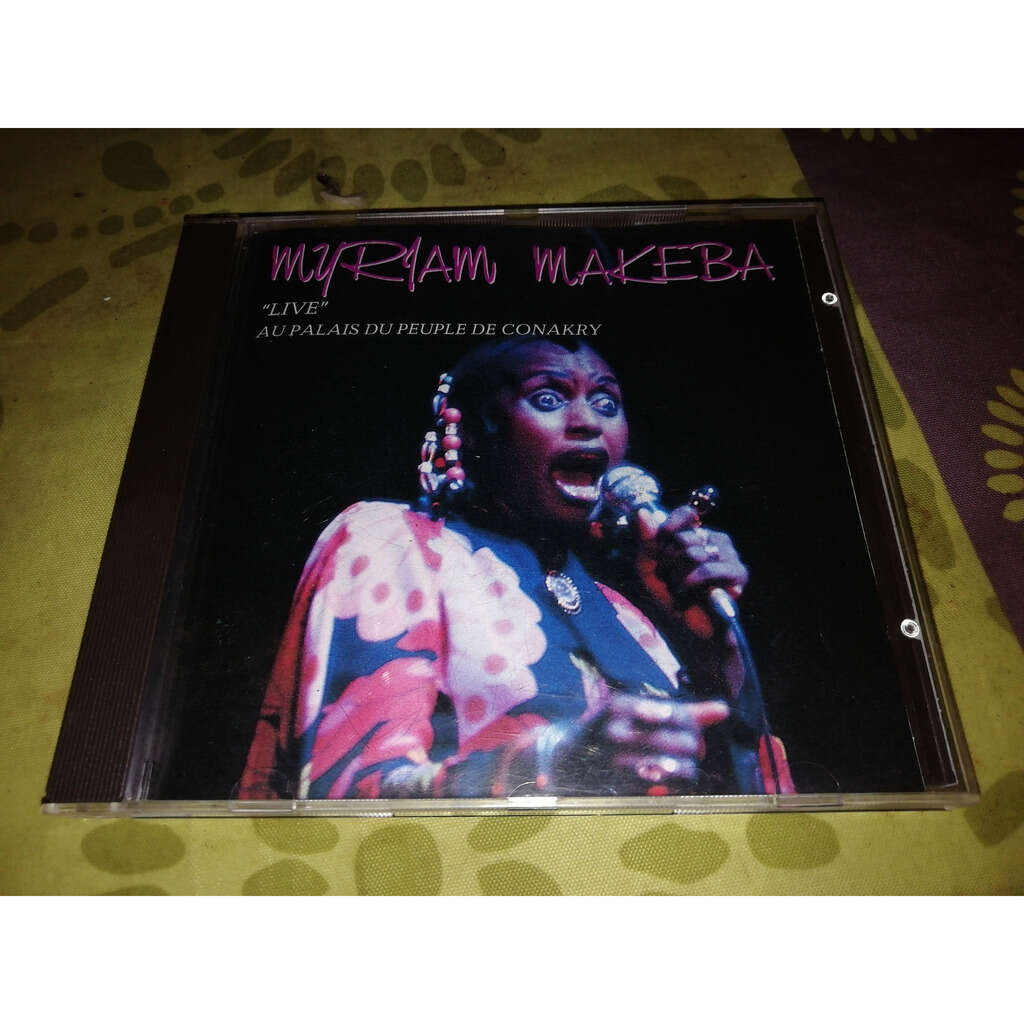 Myriam makeba Live au palais du peuple de conakry
