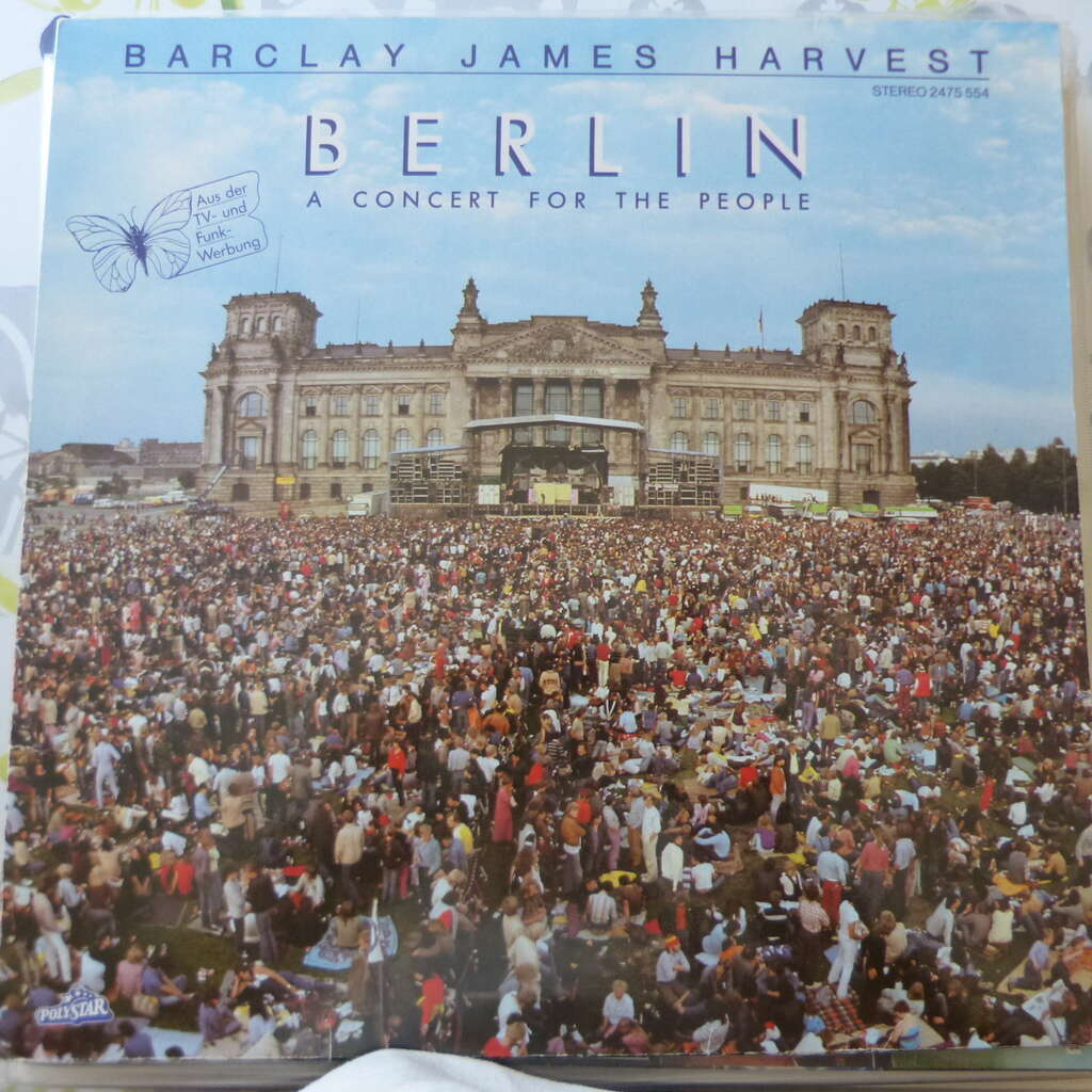 BARCLAY JAMES HARVEST BERLIN A CONCERT FOR THE PEOPLE