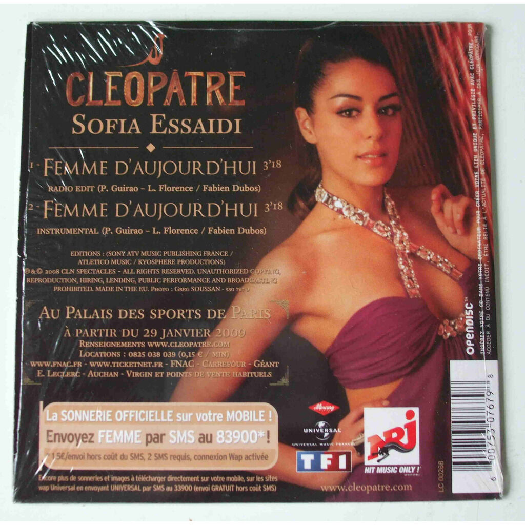 Cleopatre (Sofia essaidi) Femme dajourd'hui