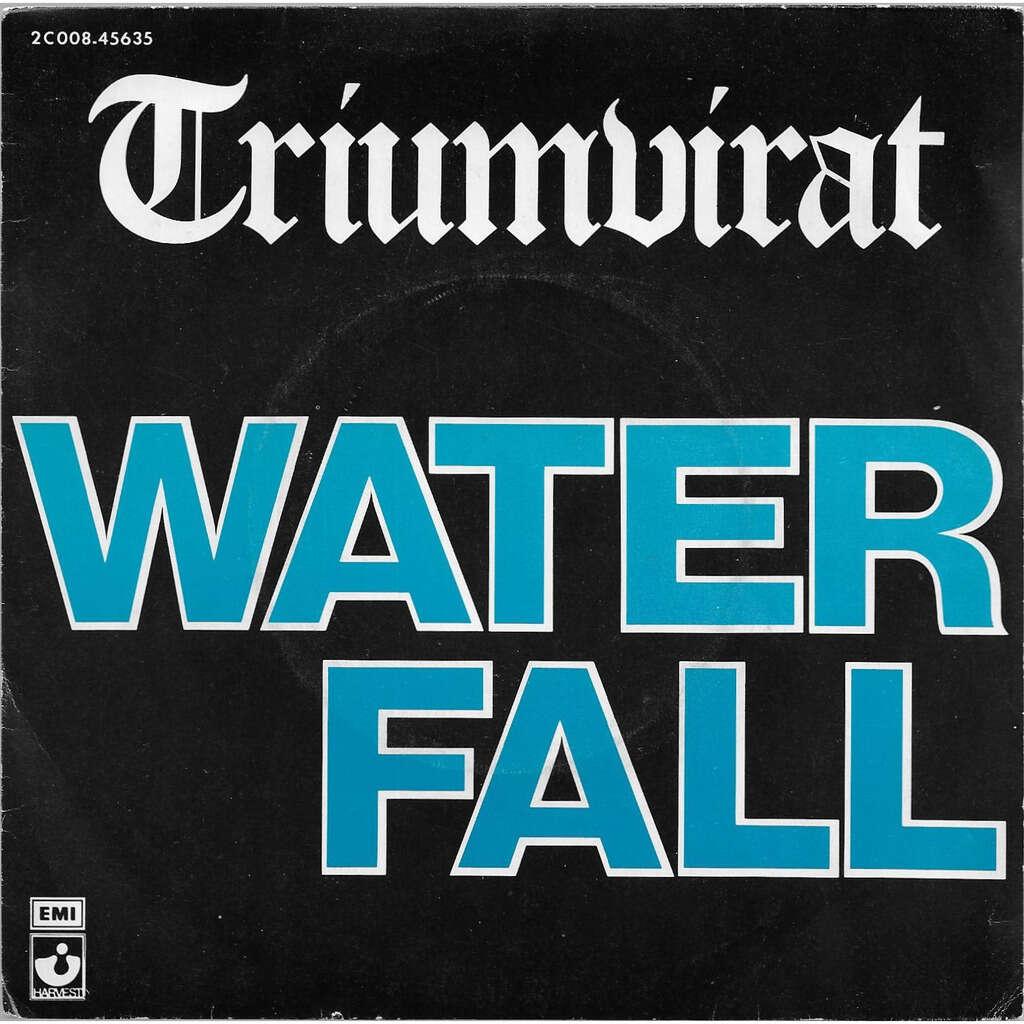 TRIUMVIRAT WATERFALL / DARLIN